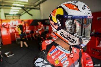 Galileo sponsors Andrea Dovizioso at MotoGP.
