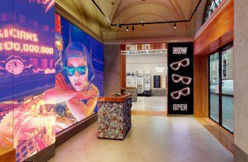 Ray-Ban apre il suo primo store nel cuore di Firenze.