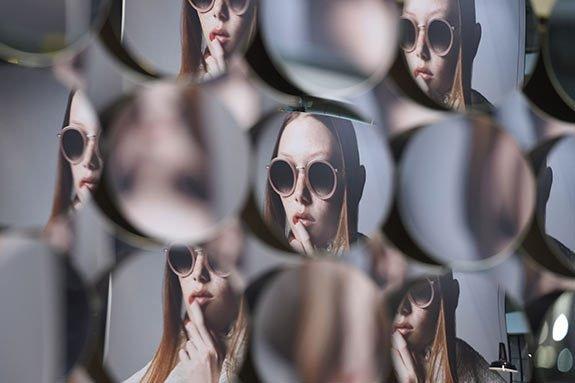 (ITA) I dati del settore dell'occhialeria italiana: si attende la ripresa nel secondo semestre.