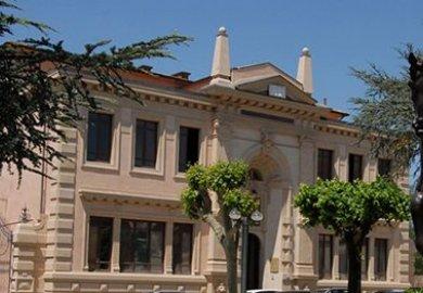 Luxottica rileva l'Istituto di Ricerca e di Studi in Ottica e Optometria (IRSOO) di Vinci.